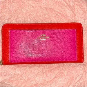 Coach Accordion Wallet True Red/ Pink Ruby